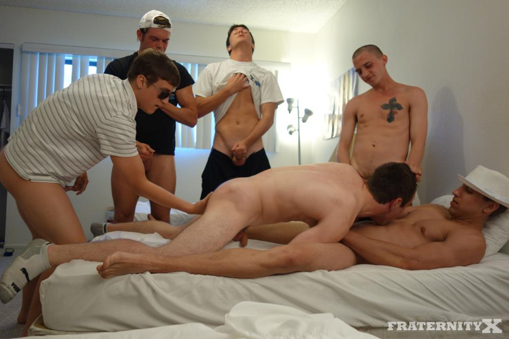 frat boy gay porn Young and slutty gay students are ready to get their tight assholes stretched wide .