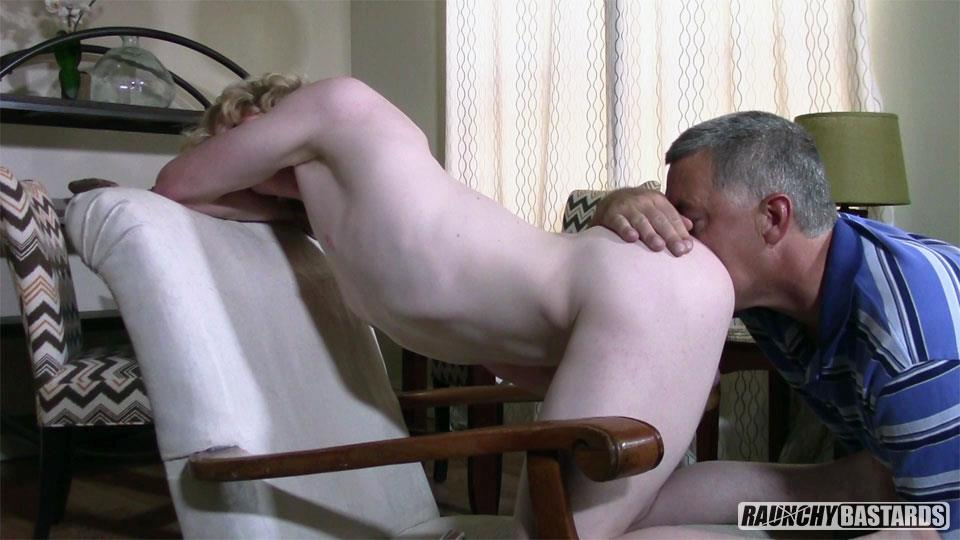 Raunchy-Bastards-Robby-Aspen-Twink-Gets-Bareback-Fucked-14 Dumb Blonde Twink Gets Barebacked At A Porn Audition